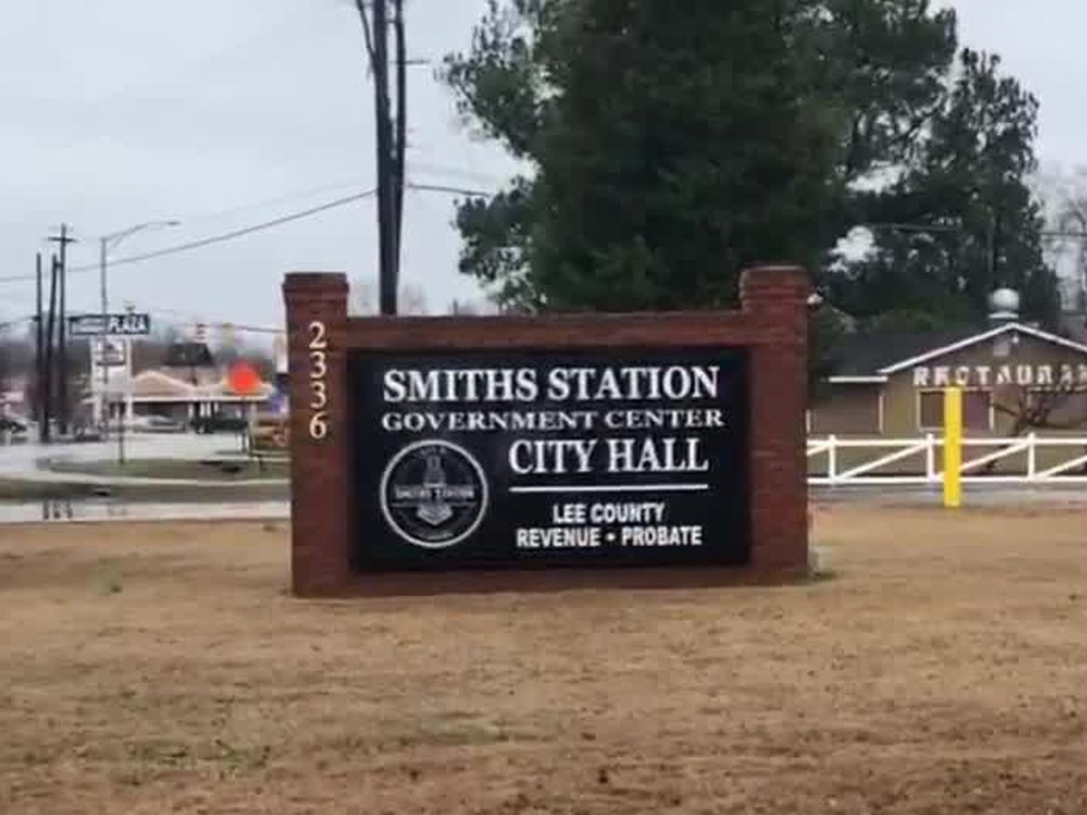 """City of Smiths Station holds annual """"MLK Citywide Clean-Up Day"""""""