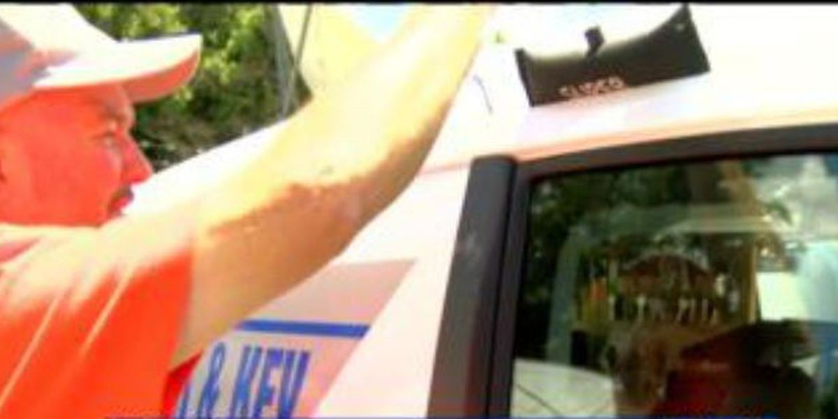 Locksmith provides advice on how to safely unlock cars during emergencies