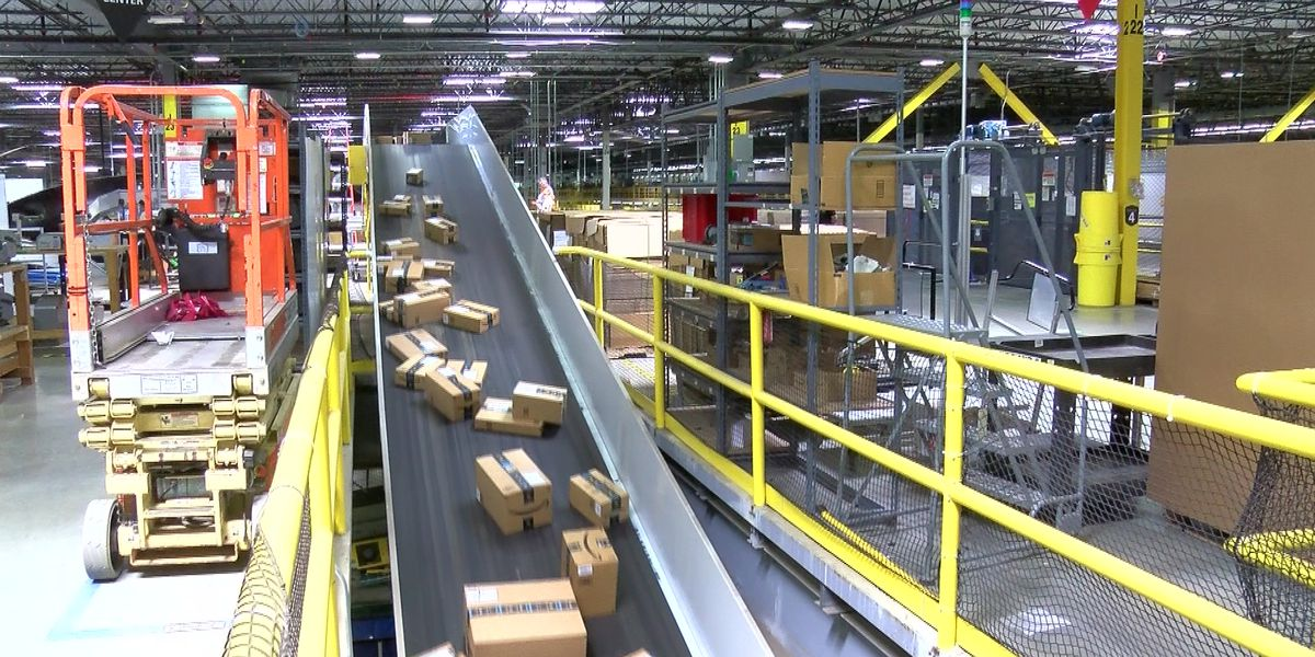 Amazon Will Bring 1 000 Jobs New Warehouse To Atlanta Area