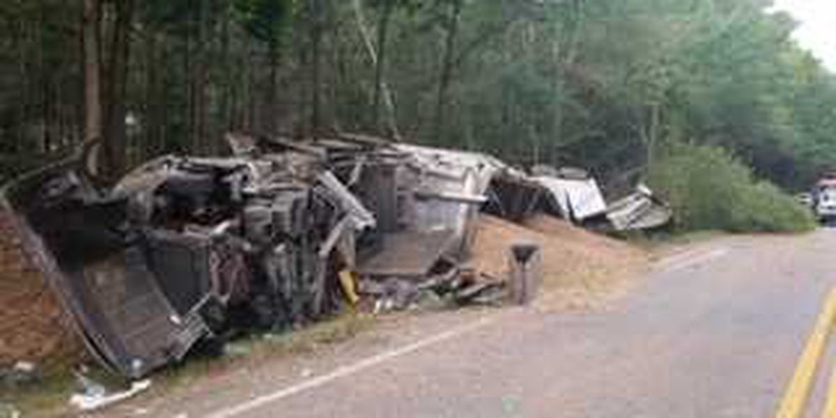 18-wheeler overturns on hwy. 110 in East Alabama