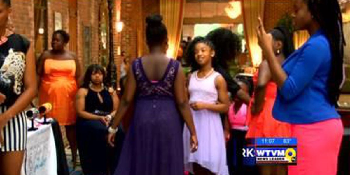 Columbus girls learn how to become teen CEOs in workshop