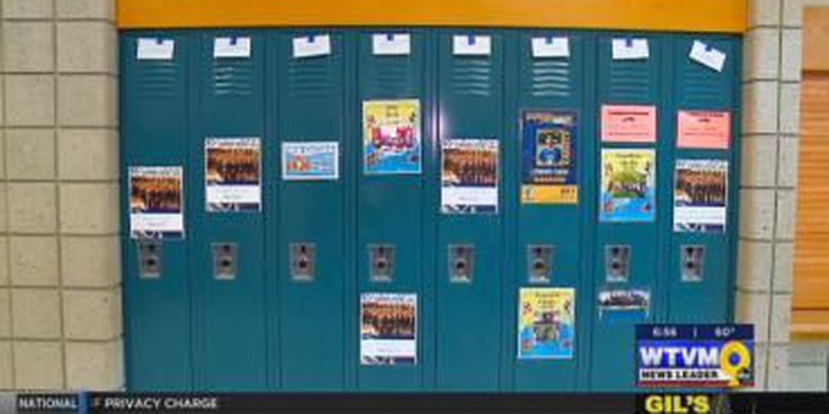 VIDEO: The Power of Goodwill: Students put positive messages on lockers