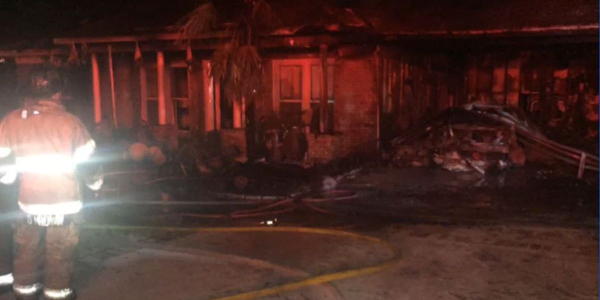 Fire destroys home on Beaver Pond Drive in Columbus