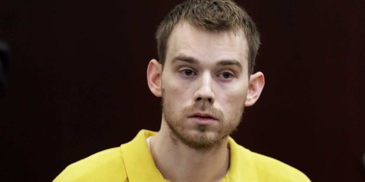 Man accused in deadly Waffle House shooting enters not guilty plea